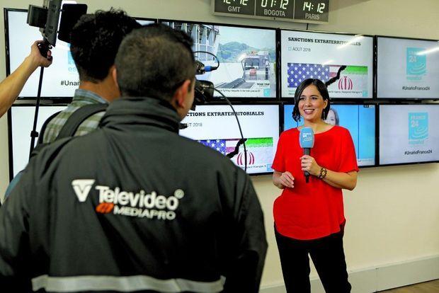 La journaliste Marina Colorado a présenté la chaîne, en français, aux téléspectateurs francophones.