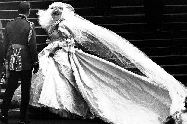 Diana, lors de son mariage en 1981 avec le prince Charles.