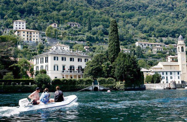 La Villa Oleandra, un palais du XVIIe siècle sur le lac de Côme, à Laglio, en Italie. Acquise par l'acteur en 2002 pour 7 millions de dollars