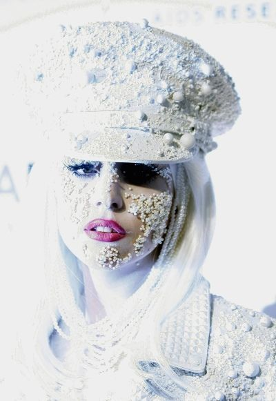 Lady Gaga 2-