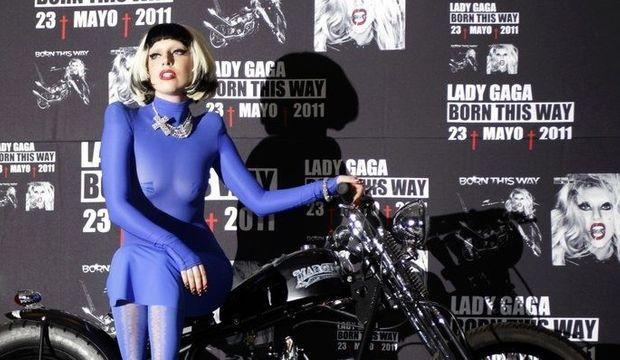 Lady-GaGa-born-this-way_articlephoto-