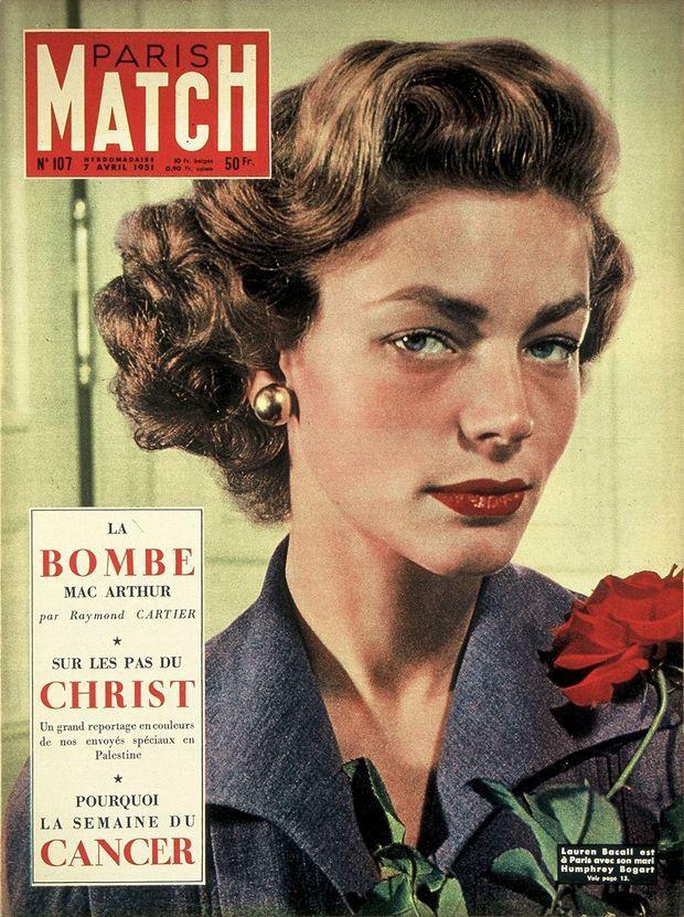 « Lauren Bacall est à Paris avec son mari Humphrey Bogart » - Couverture de Paris Match n°107, 7 avril 1951