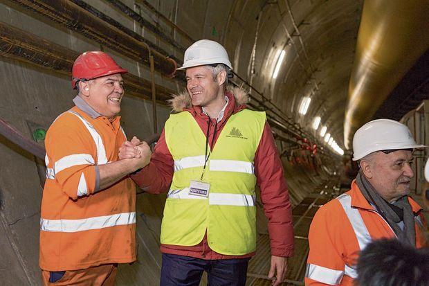 Laurent Wauquiez lundi 26 février, lors de sa visite du chantier du tunnel Lyon-Turin.