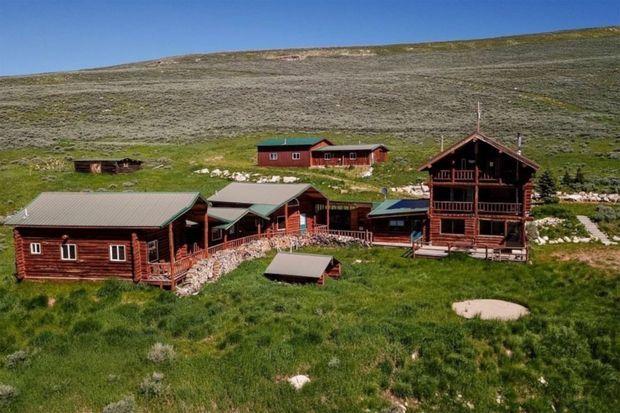 Le 2e ranch de Kanye West dans le Wyoming acheté fin2019 pour 14 millions de dollars.