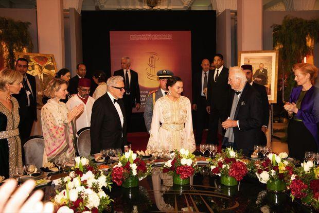 Le dîner du roi, présidé par SAR la princesse Lalla Hasnaa. De g. à dr., Mélita Toscan du Plantier, directrice du festival, Naomi Watts, Harvey Keitel, Bertrand Tavernier, Tilda Swinton.