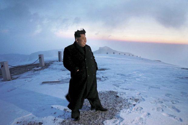 Le dirigeant nord-coréen au sommet du mont Paektu