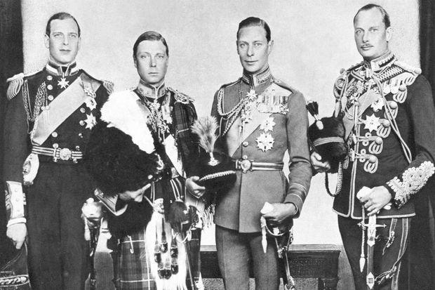 Les quatre fils du roi George V: George duc de Kent, Edward prince de Galles, Albert duc d'York, Henry duc de Gloucester, en 1933