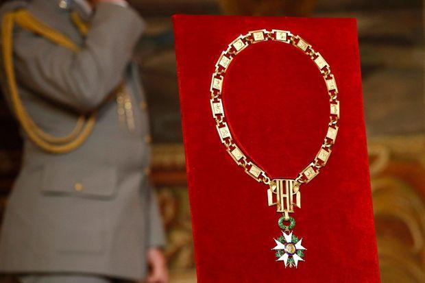 Le Grand collier de Grand maître de la Légion d'honneur.