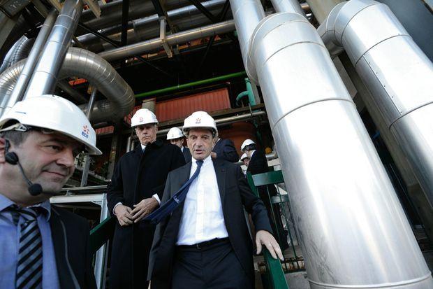 Le P-DG d'EDF inaugure la nouvelle centrale thermique de Martigues, en novembre 2012.
