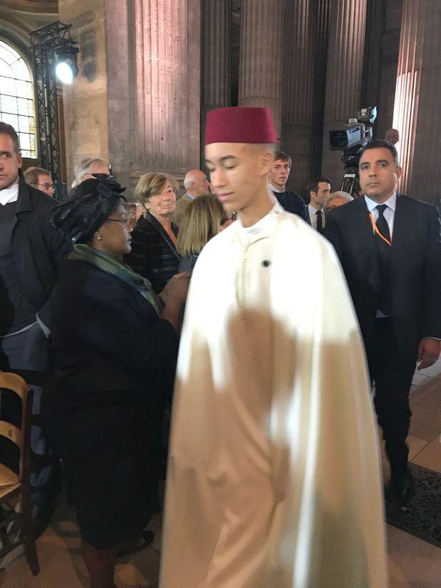 Le prince héritier du Maroc Moulay El Hassan, dans l'église Saint-Sulpice lundi.