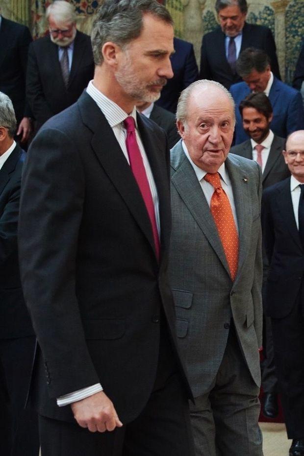 Le roi Felipe VI et son père, cinq ans après son abdication. Le 14 mai 2019, à Madrid.