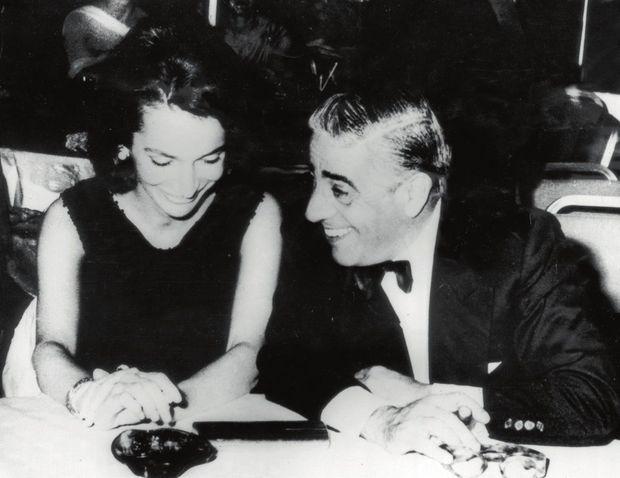 Lee, alors mariée au prince Radziwill, et Aristote Onassis