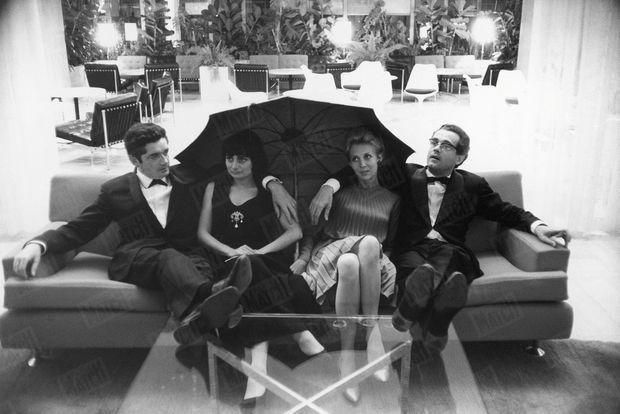 Jacques Demy, Agnès Varda, Michel Legrand et sa première épouse Christine, au 17ème Festival de Cannes en mai 1964.