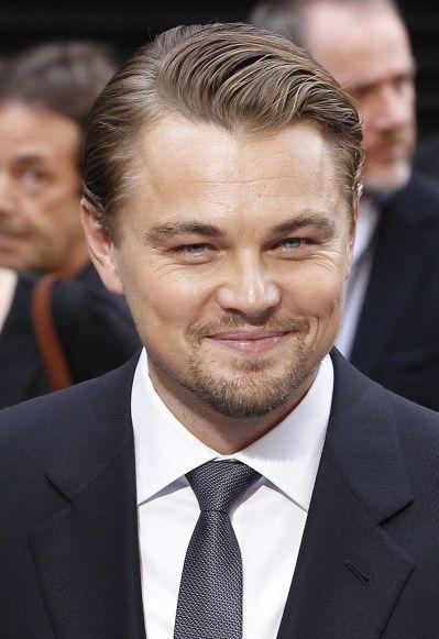 Leonardo DiCaprio souriant-