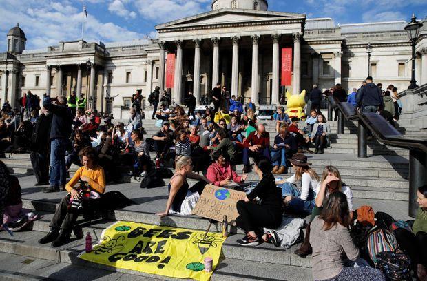 Les activistes de XR à Trafalgar Square, lors d'une 9e journée de manifestation, le 15 octobre 2019.