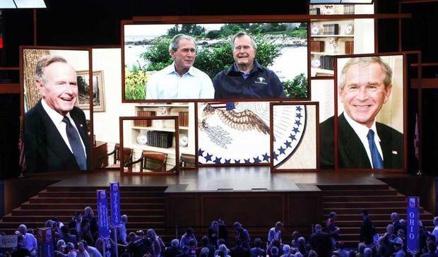 Les Bush dans les mémoires-