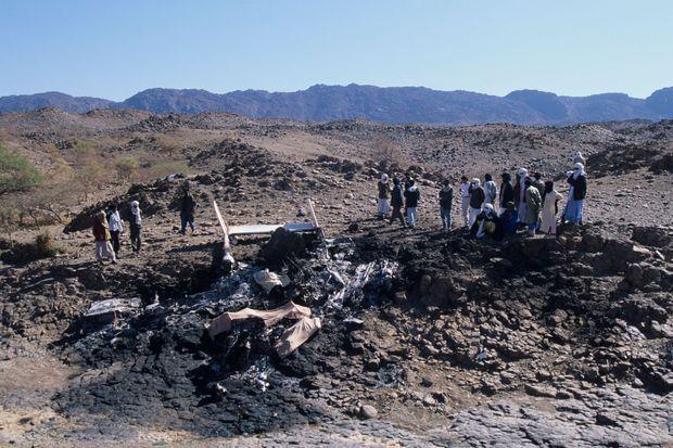 Les débris du Cessna qui transportait Mano Dayak