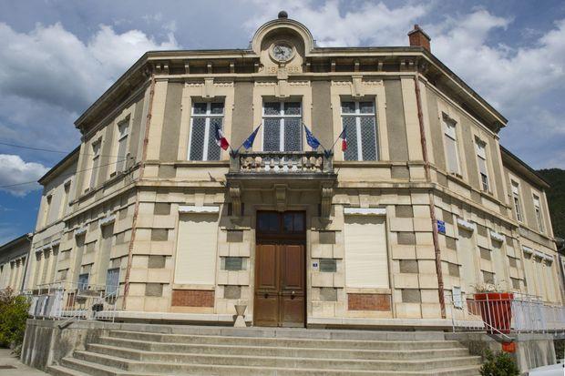 Les portes de la mairie sont toujours ouvertes.
