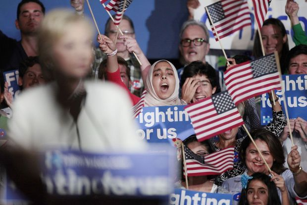 Les supporters d'Hillary Clinton lors de son meeting du Super Tuesday