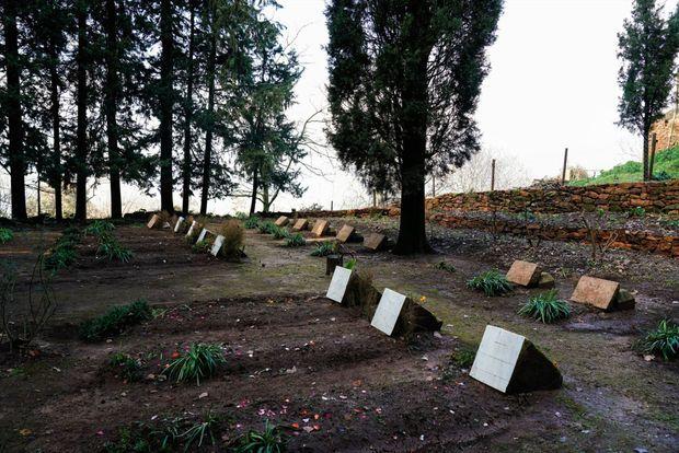 Les tombes des moines.