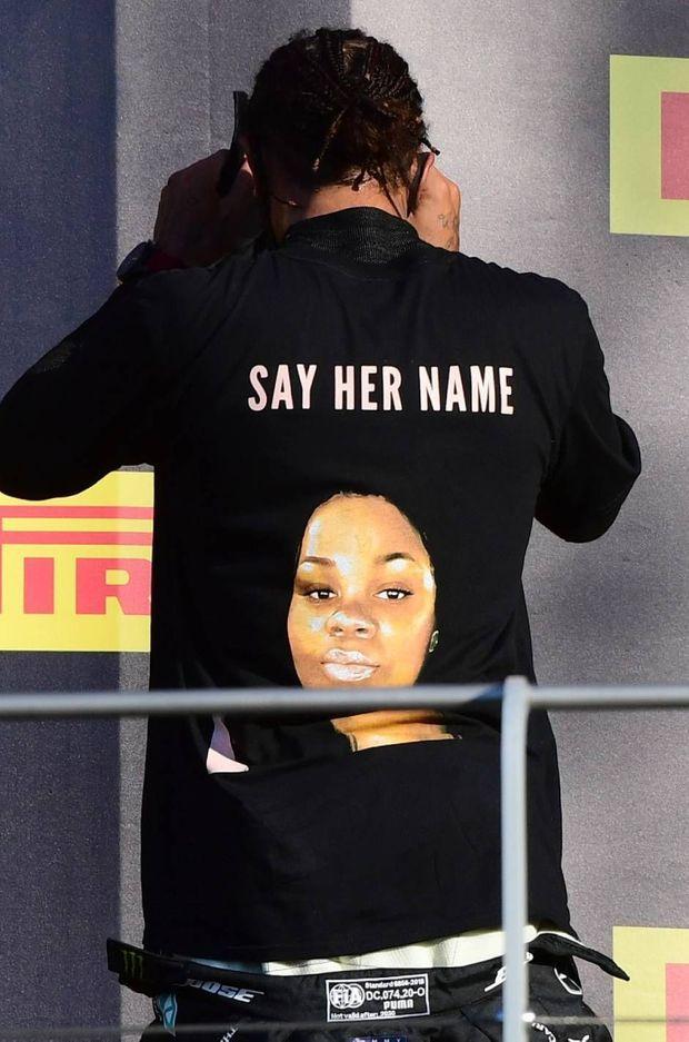 Le t-shirt de Lewis Hamilton en hommage à Breonna Taylor.