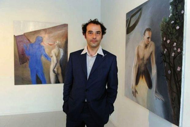 Lino Frongia, le copiste surdoué, en 2004 dans une galerie d'EmilieRomagne où il expose.