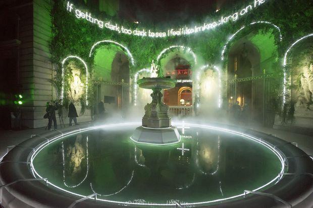 Lost Paradise, son installation aux Fêtes des Lumières de Lyon.