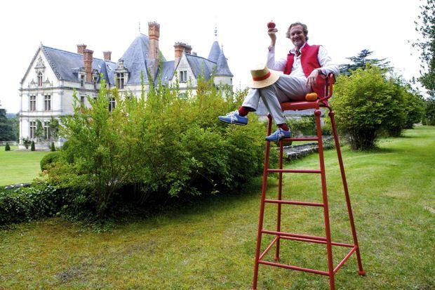 Dans son fief de Touraine, au château-hôtel de la Bourdaisière.
