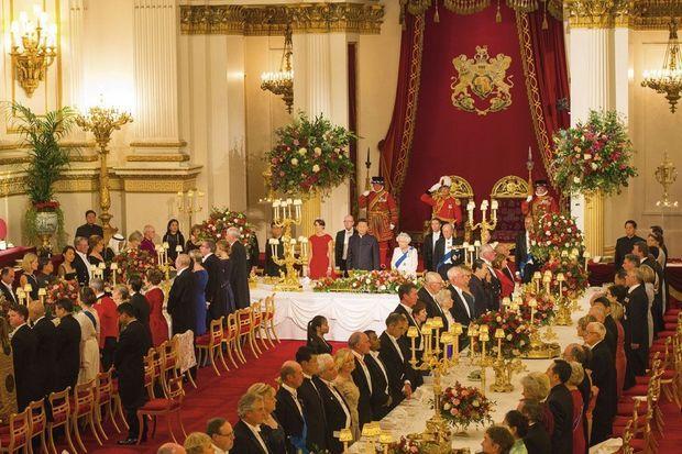20 h 44. Le « God Save the Queen » vient de retentir.