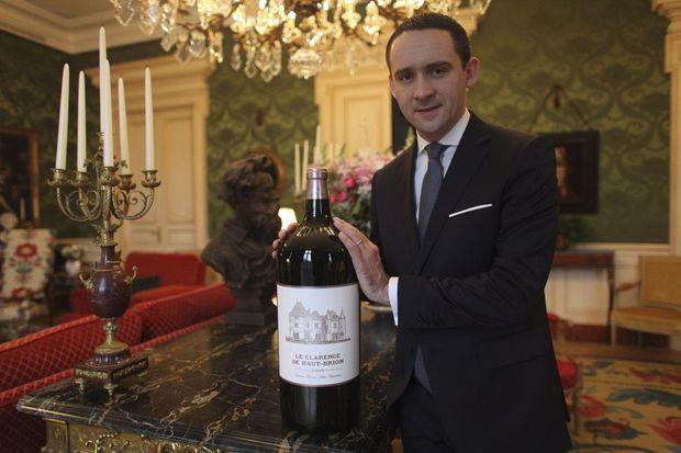 Sommelier et directeur du restaurant, Antoine Pétrus a réuni la fine fleur des vins de terroir français. « Uniquement des vignerons chez qui je suis allé et qui respectent l'environnement. »