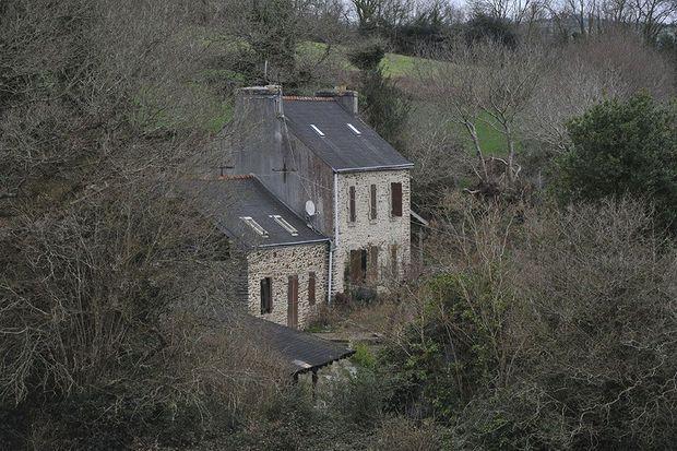 La ferme où vivait Hubert Caouissin et où il a démembré les corps de ses quatre victimes.
