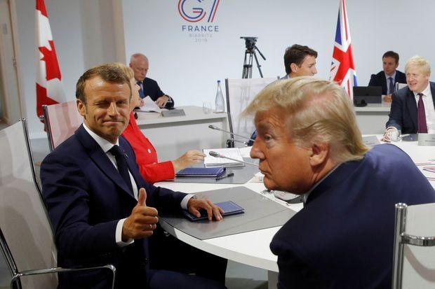 Emmanuel Macron et Donald Trump dimanche matin lors de la réunion de travail avec les autres dirigeants.