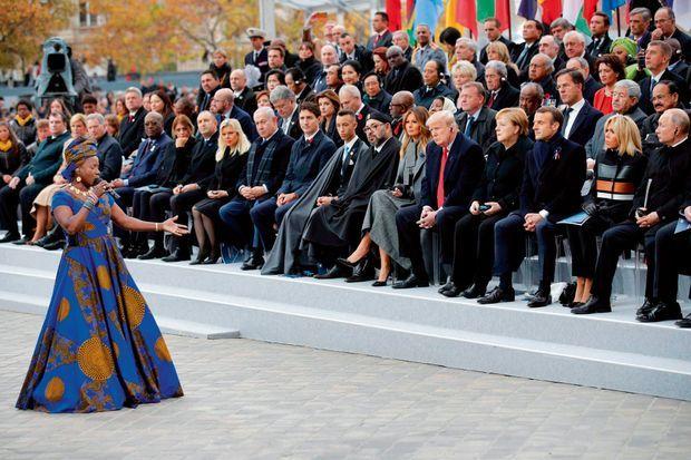 Dimanche 11 novembre, la reine de la musique africaine a interprété «Blewu», une chanson en langue mina de la Togolaise Bella Bellow.