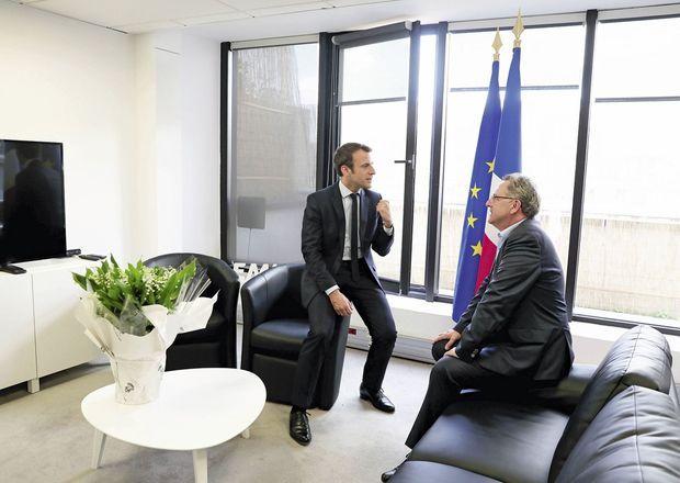 Le 29 avril, tête-à-tête avec Richard Ferrand, député PS du Finistère, secrétaire général d'En marche !