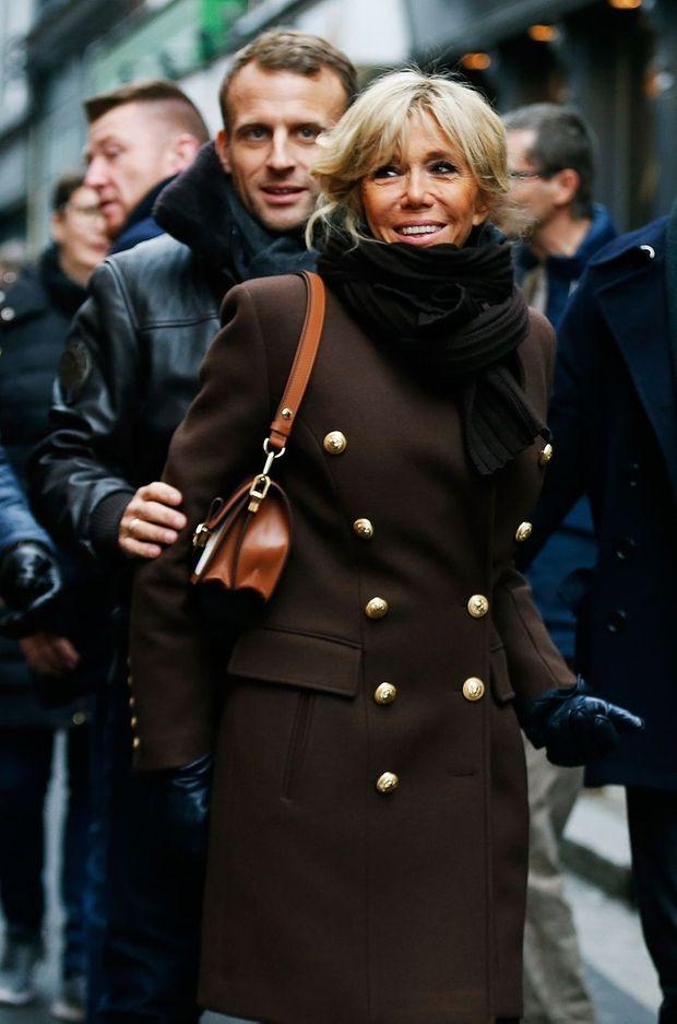 Emmanuel et Brigitte Macron, ici à Honfleur jeudi.