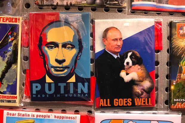 Des magnets à la gloire de Vladimir Poutine.