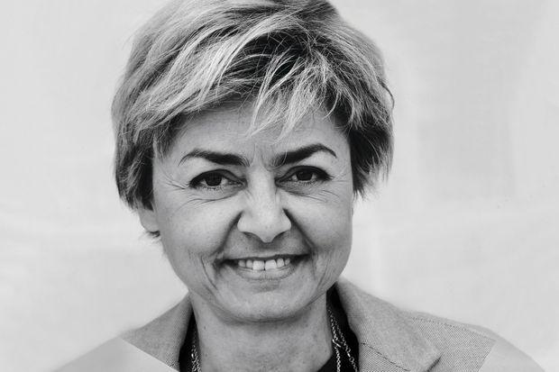 Sa fille, Cécile Daquin, 51 ans, présidente du directoire.