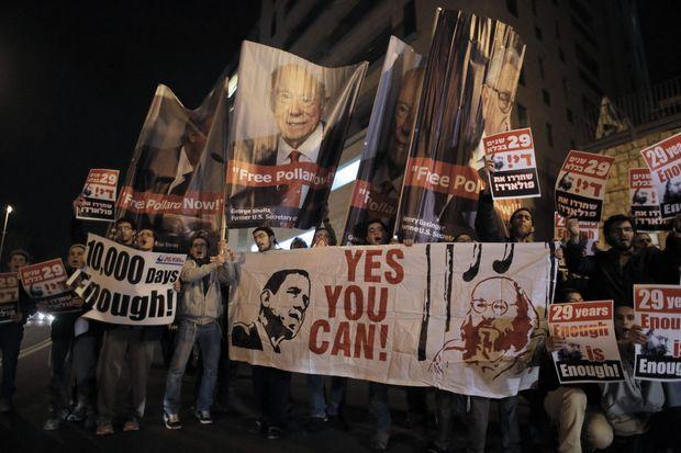 Lors d'une visite de John Kerry à Jérusalem, des partisans de la libération de Jonathan Pollard ont manifesté devant son hôtel.