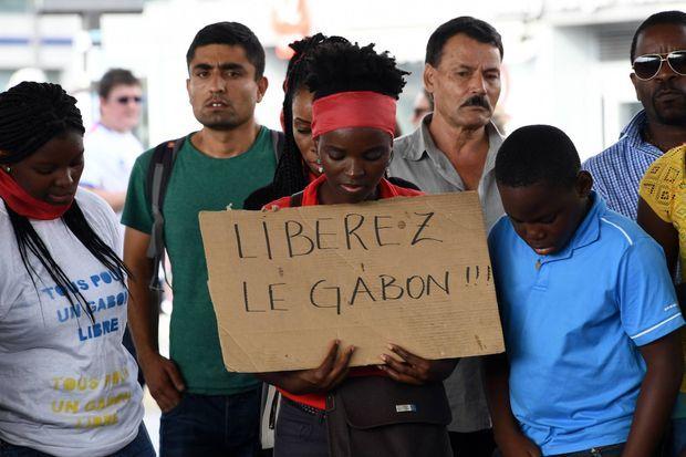 Samedi 4 septembre 2016, les Gabonais ont manifesté dans toute la France, ici à Marseille, pour défendre la démocratie dans leur pays.