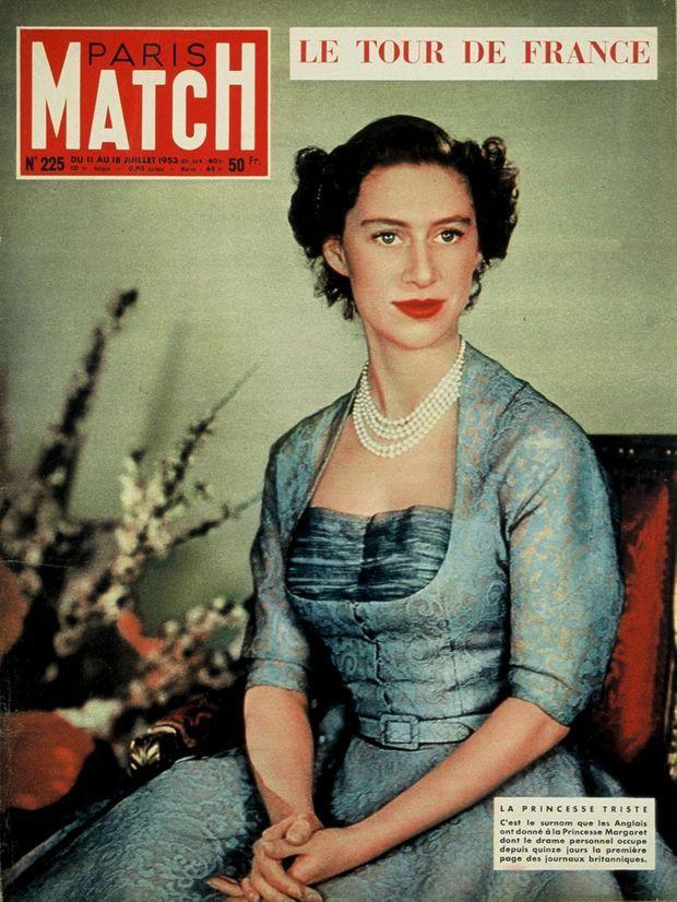 « La princesse triste. C'est le surnom que les Anglais ont donné à la Princesse Margaret dont le drame personnel occupe depuis quinze jours la première page des journaux britanniques. » - Paris Match n°225, 11 juillet 1953