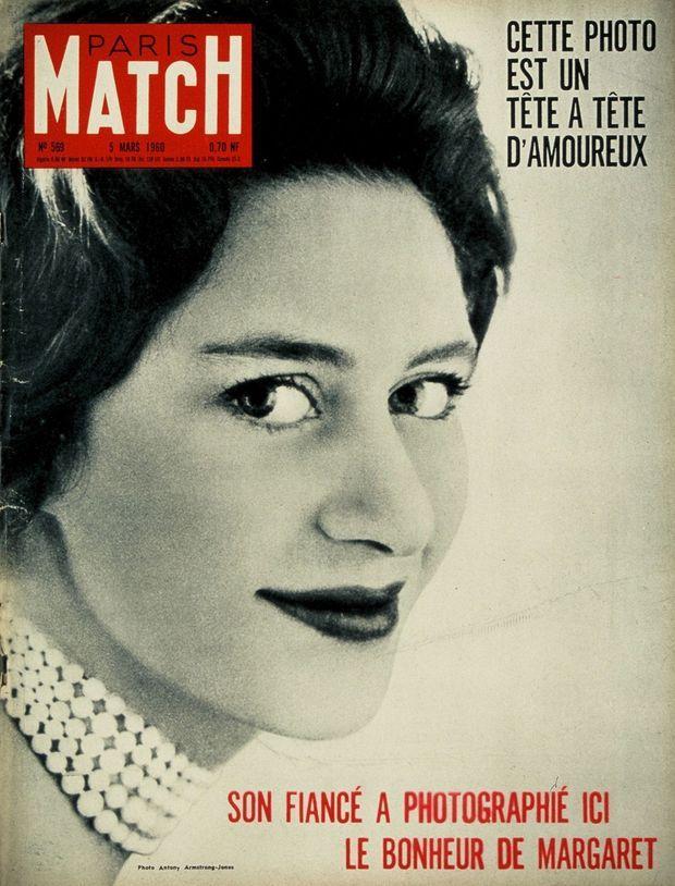 « Cette photo est un tête à tête d'amoureux. Son fiancé a photographié ici le bonheur de Margaret. » - Couverture du Paris Match n°569, 5 mars 1960.
