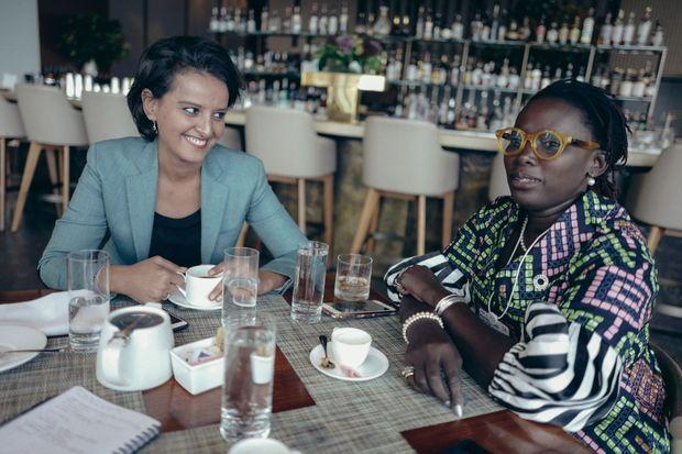 Avec son amie Mariéme Jamme, fondatrice du mouvement « I am the Code ».