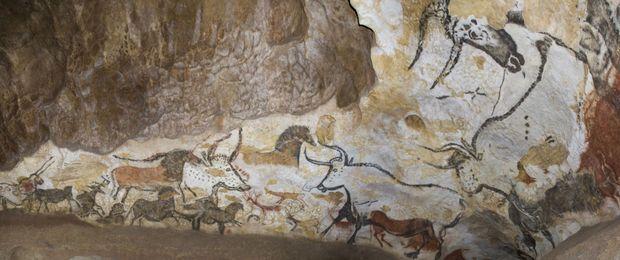La salle des taureaux de Lascaux II