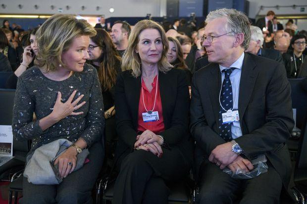 La reine Mathilde de Belgique avec Helle Thorning-Schmidt à Davos, le 16 janvier 2017