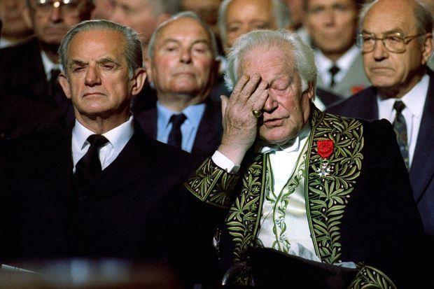 Maurice Druon, à droite, avec Alain Peyrefitte