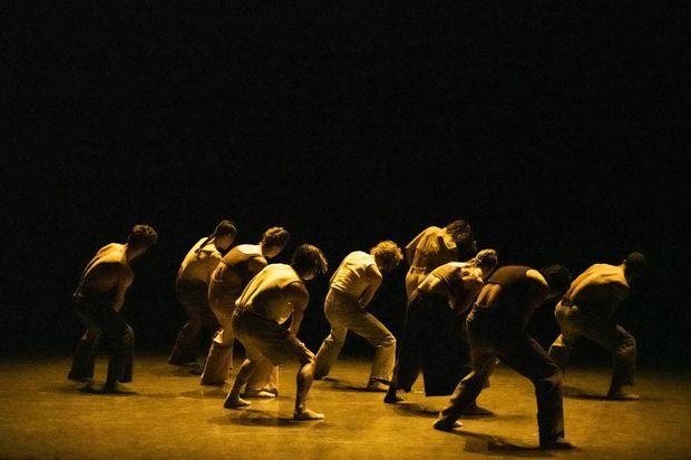 Et Si de Mehdi Kerkouche, dansé à l'Opéra de Paris, le 13 novembre 2020.