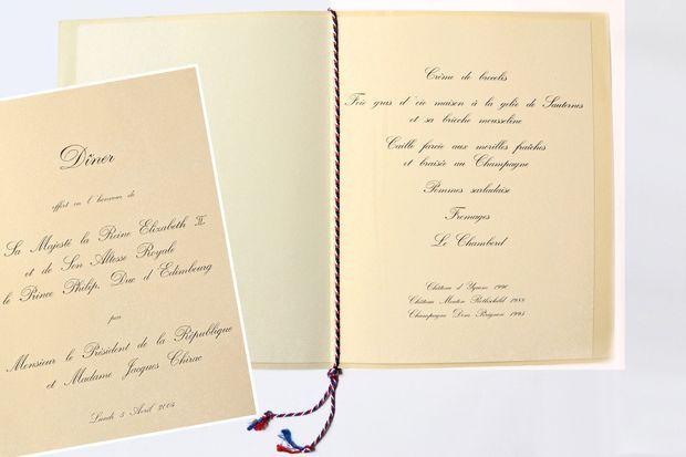Menu du dîner de gala servi à l'Elysée à Paris à la reine Elizabeth II le 5 avril 2004