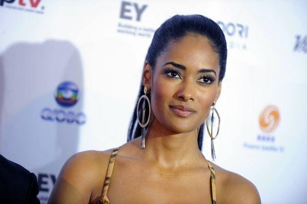 Ex miss Angola Micaela Reis, ici en 2013, interprète le personnage de Victória Kajibanga dans la série Windeck