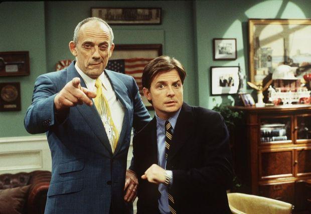 Michael J. Fox avait convié son ami Christopher Lloyd, le Doc Emmett Brown de « Retour vers le futur », à venir faire une apparition dans «Spin City» en 1999.
