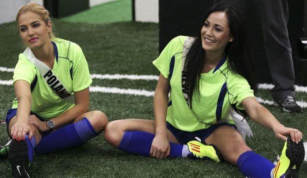 miss univers football-